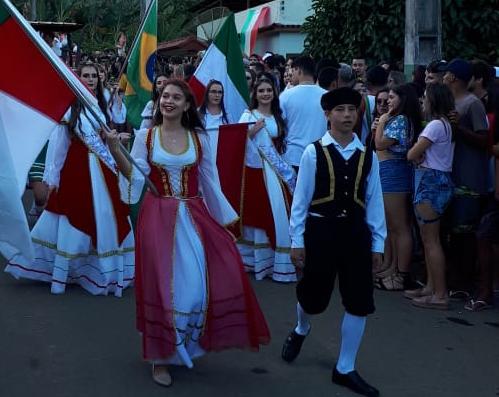 Câmara de Anchieta estuda criação de homenagem a incentivadores da cultura italiana no município