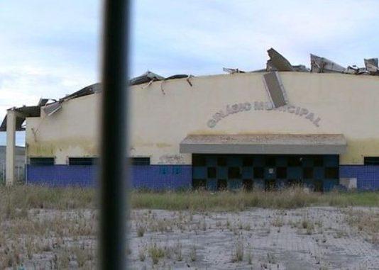 Maratimbando - Ginásio Municipal abandonado