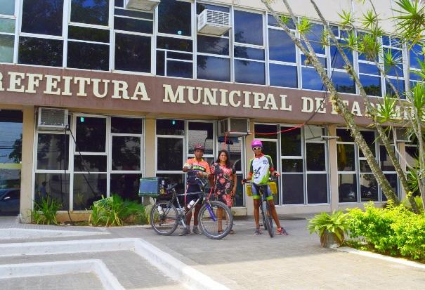Ciclista carioca que pedala pelas Américas é recebido em Itapemirim
