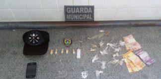 Nesta Quarta-feira de cinzas, Guarda Municipal prende homem com crack e cocaína no Bairro Candinha