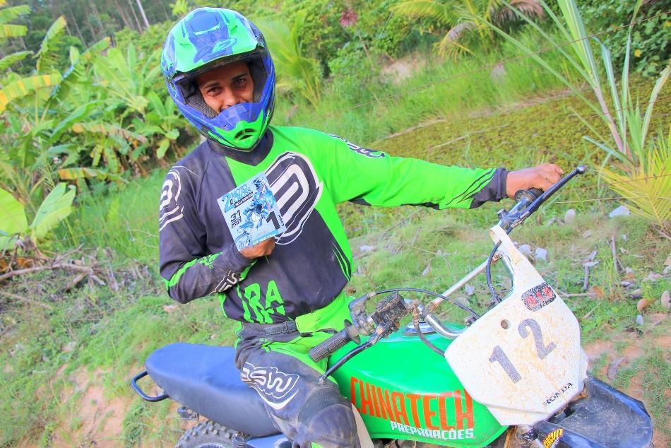 Piloto de Itapemirim é campeão no 2º Campeonato de Motocross no estado do Rio de Janeiro