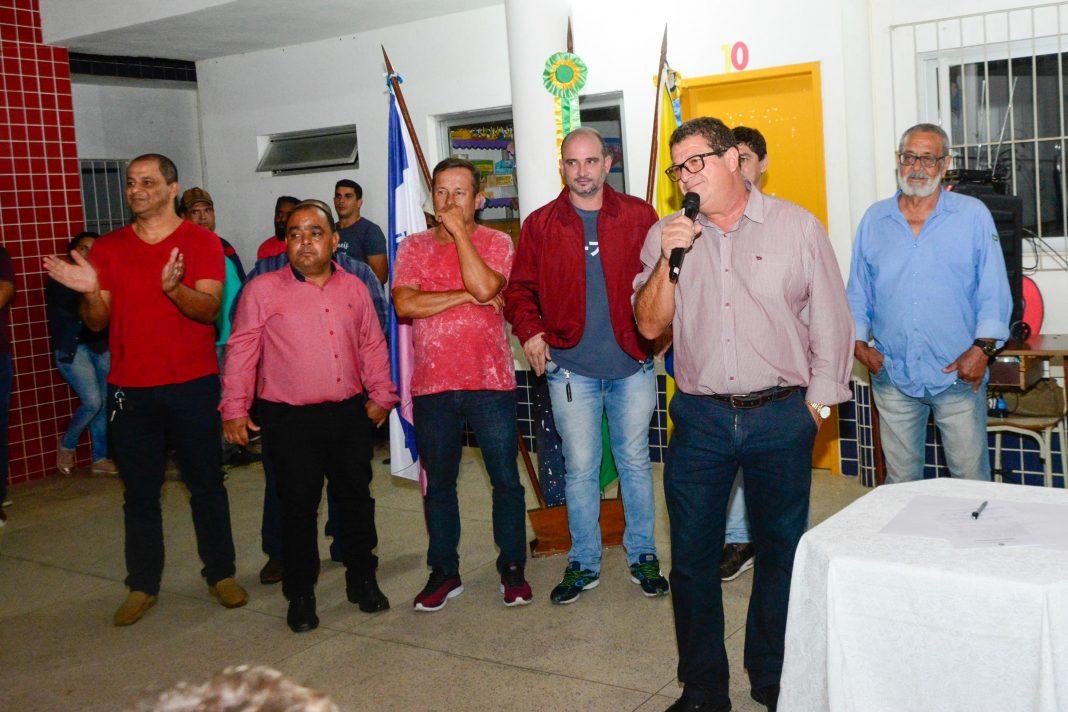 Prefeito de Marataízes assina ordem de serviço para Pavimentação e Drenagem no Bairro Santa Rita e anuncia outros investimentos