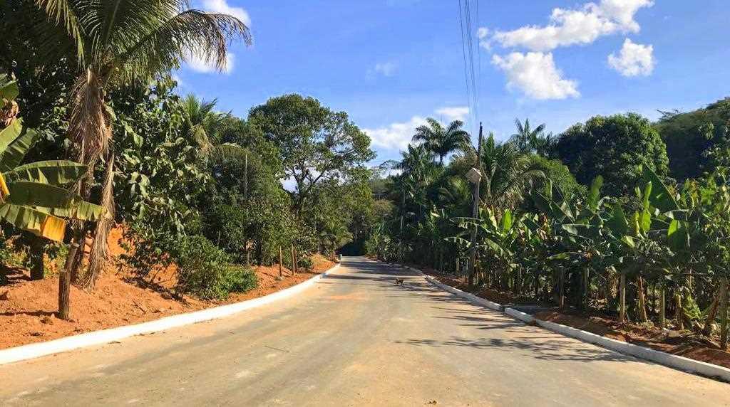 Prefeitura de Itapemirim inaugura obra de asfaltamento em Itapecoá