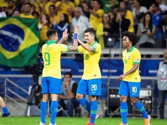 Brasil ganha da Argentina e está na final da Copa América após 12 anos
