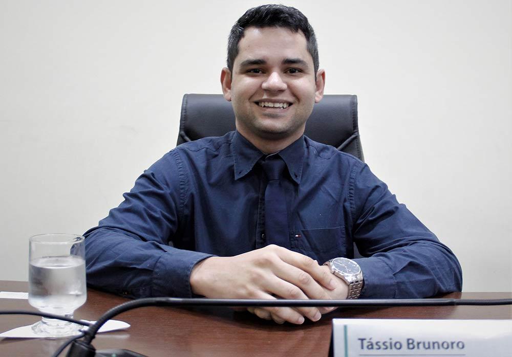 Tássio Brunoro sugere implantação de protocolo de gestão de crise em escolas