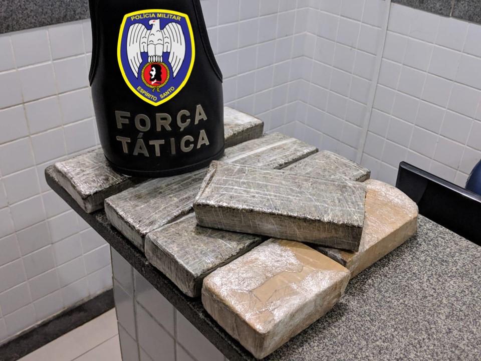 Força Tática da PM prende homem com três quilos de maconha em Itapemirim