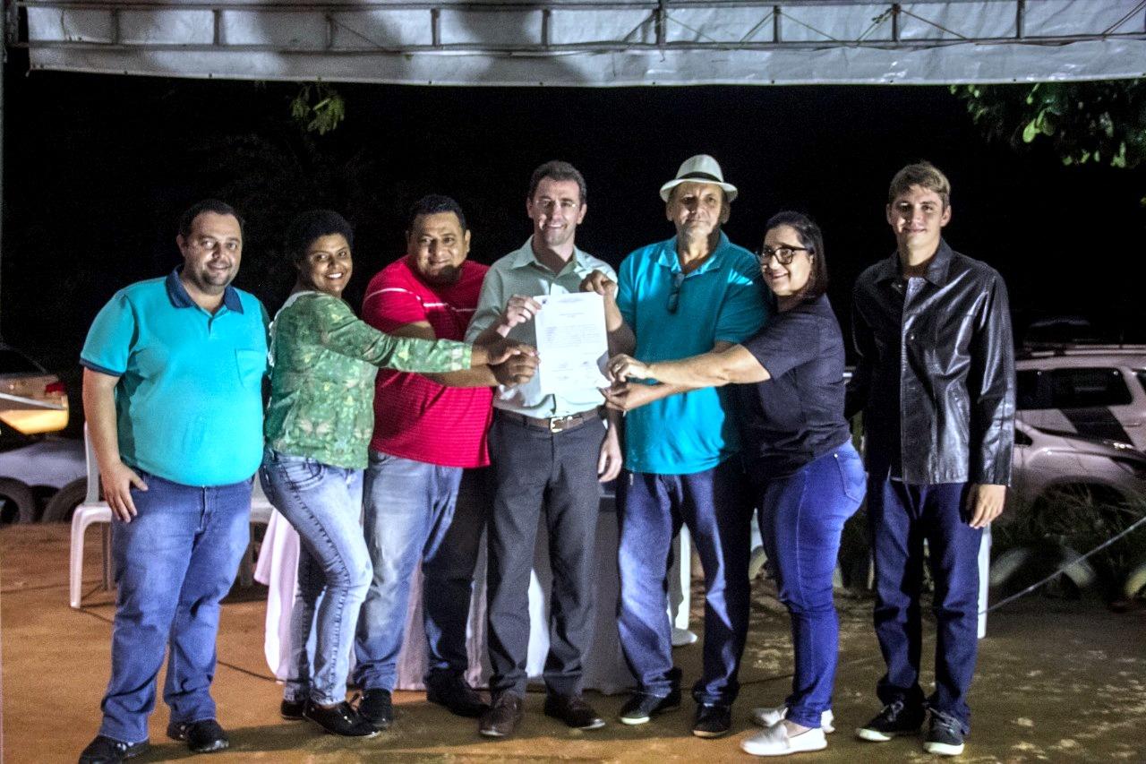 Diversas famílias serão beneficiadas com pavimentação em Itapéuna, em Anchieta