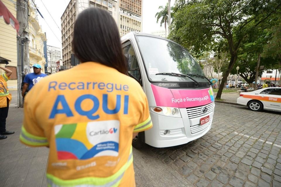Ônibus do CartãoGV atende em Vitória nesta semana