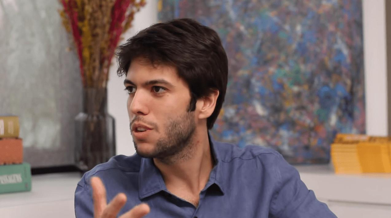O comentarista político, Caio Coppolla, anunciou, nesta última quinta-feira (31), a sua saída da rádio Jovem Pan.