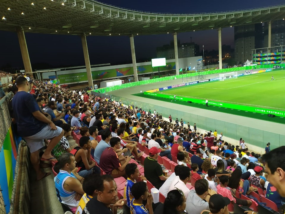 Kleber Andrade fecha primeira fase da Copa do Mundo Sub-17 com melhor presença de público