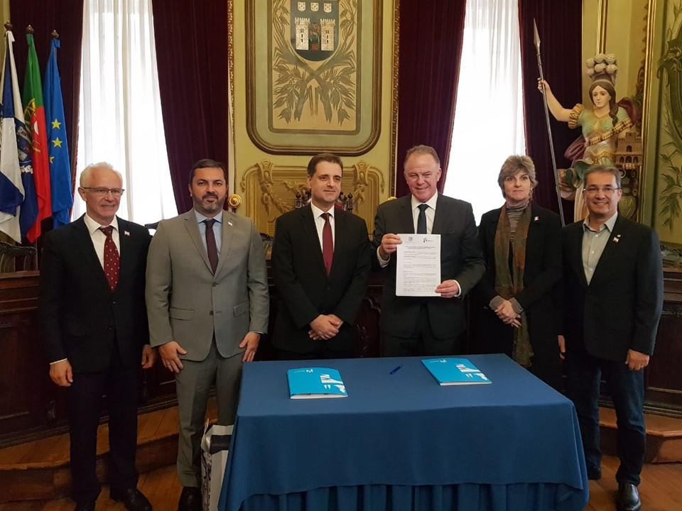 Governador Renato Casagrande assina acordo de cooperação com a Prefeitura de Braga