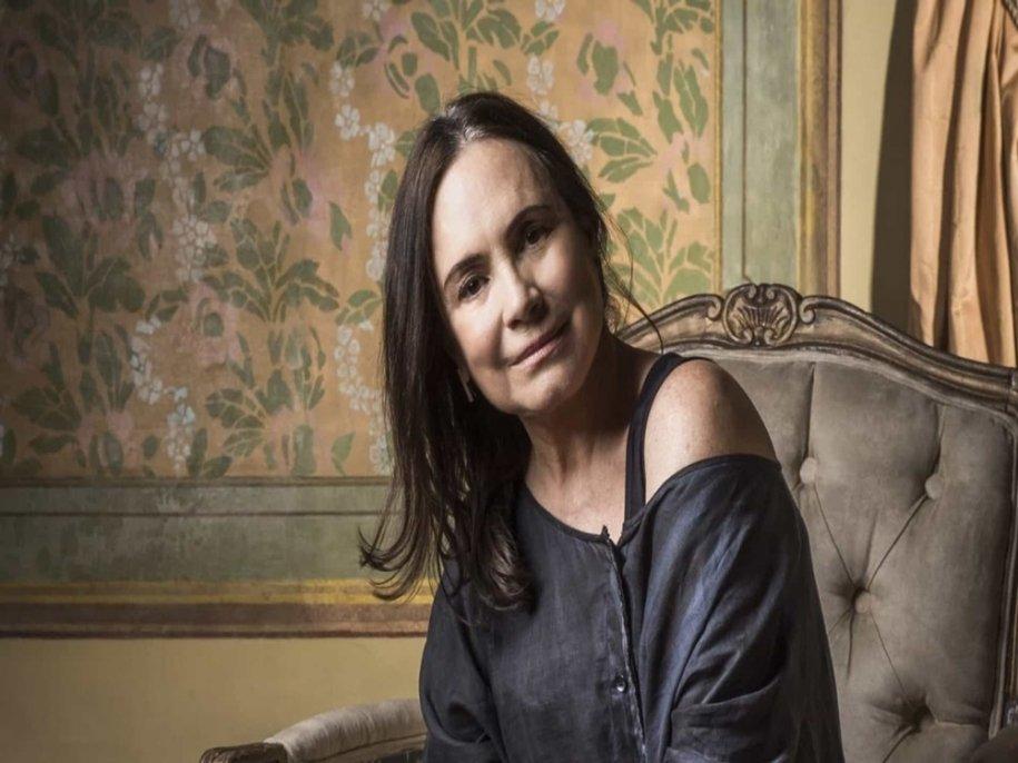Globo pode demitir Regina Duarte por atriz apoiar Bolsonaro